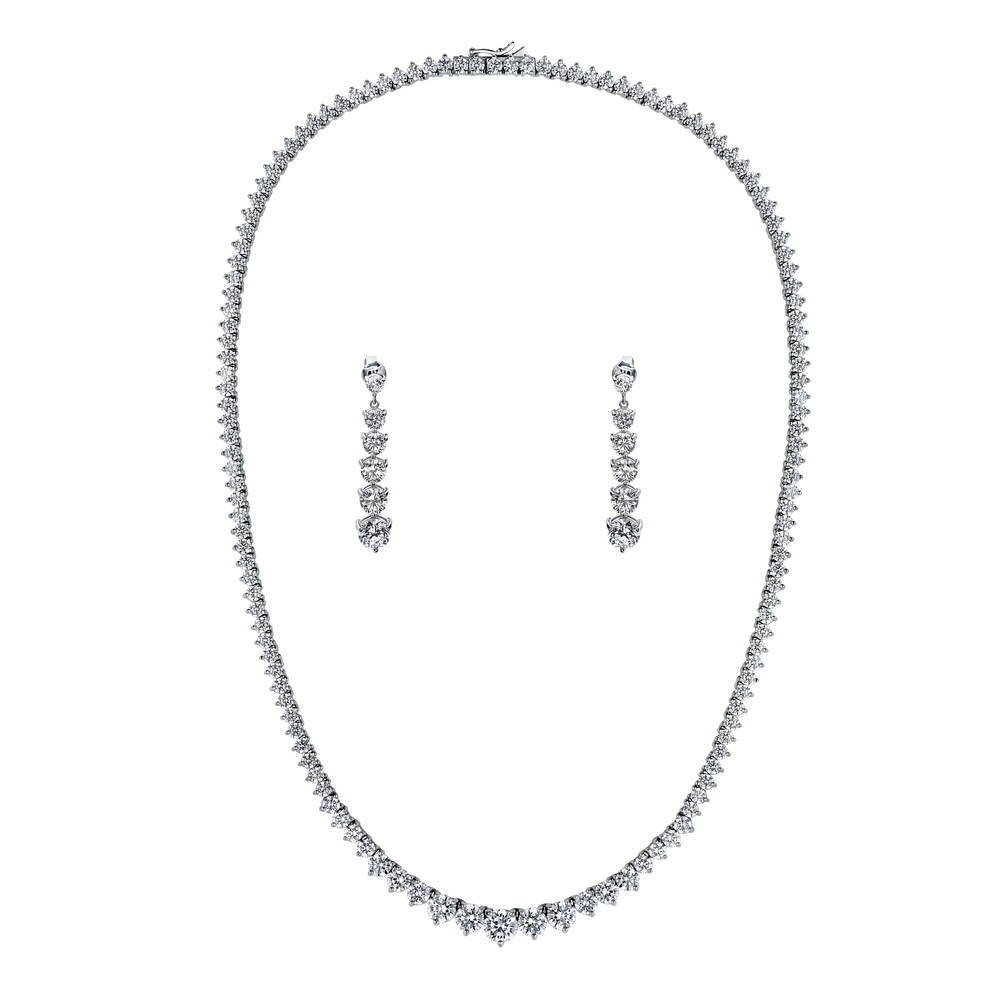 Beautiful Sterling silver 925 sterling Sterling Silver CZ 16in Necklace